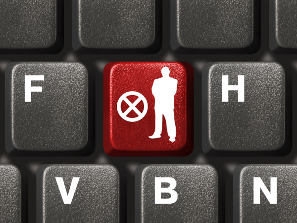 Keyboard with Fingerprint VeriGuide copy resized 600